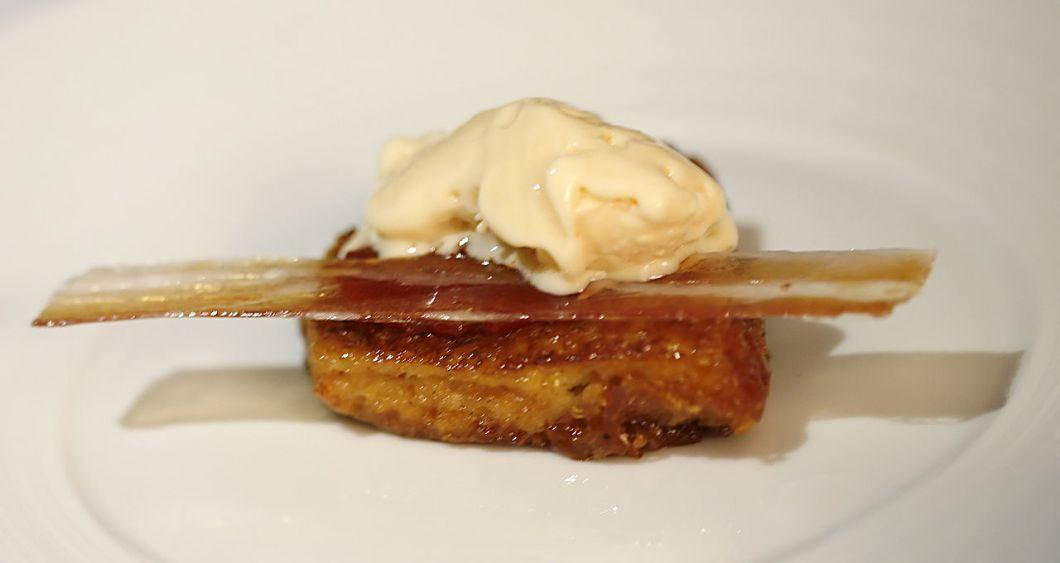 1280px-nitro-scrambled_egg_and_bacon_ice_cream