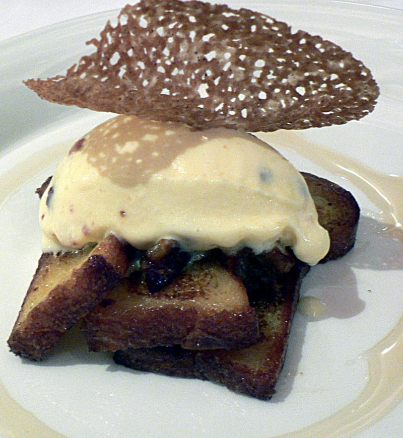800px-french_toast_with_bacon_ice_cream